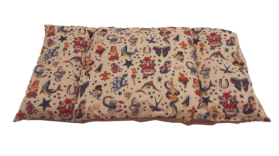canape-lit-corbeille-panier-fauteuil  pour chat-chien avec couchage tatouage tete mort scorpion lys